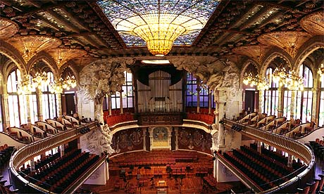 http://fabricaldreams.files.wordpress.com/2010/02/palau_de_la_musica_catalana.jpg